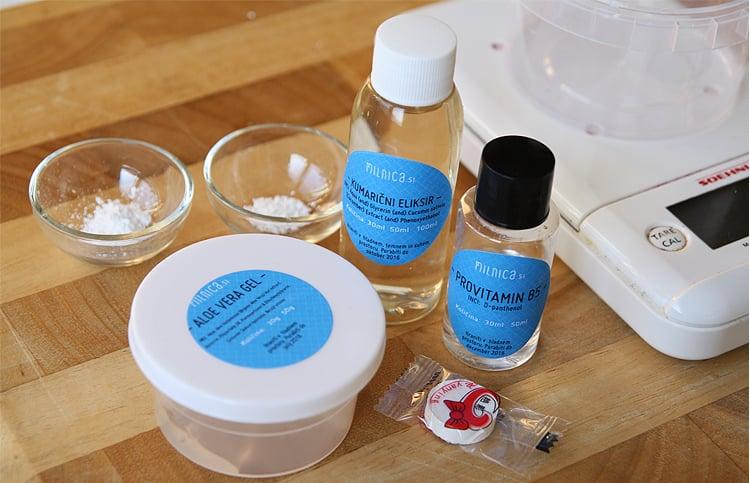 1-korak-kompresijska-vlažilna-maska-s-hialuronsko-kislino