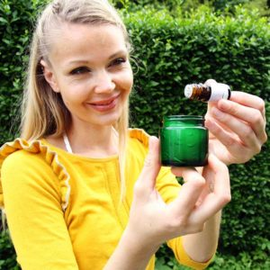 Aloe Vera Gel Mix & Use